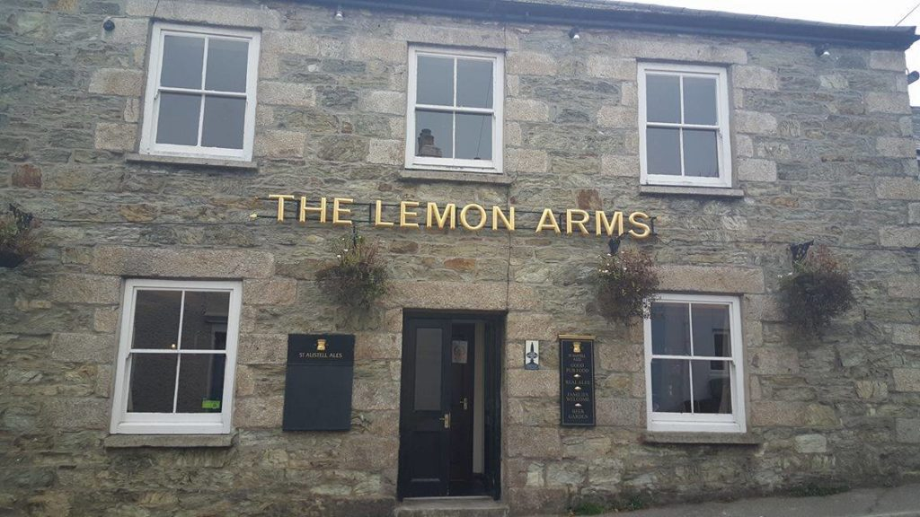 The Lemon Arms Logo
